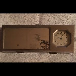 New Haven antique clock & mirror on lid of box